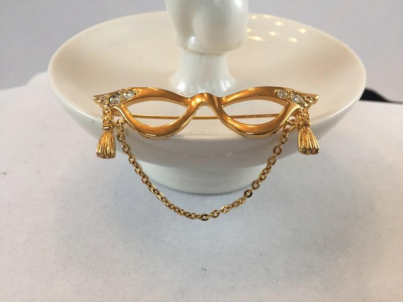 72a787bc8f8 Vintage Avon Cat Eye Glasses Brooch. Gold Tone