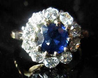 Fine Women/'s 10k Dainty White Gold Fleur-de-Lis Ring Lily of France