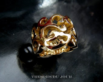 UNIQUE STATEMENT RING Large Gold Damask Ring Right Hand Ring Hand Sculpted Arabesque Damask Ring Art Nouveau Cut Out Damask Custom Band Gold