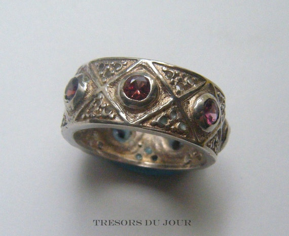 Unusual Ruby Wedding Gifts: Unique Ruby Spinel Ring Gemstone Wedding Band MEDIEVAL