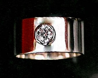 Simple Minimalist Engagement Ring Wide CIGAR BAND ENGAGEMENT Wedding Ring Platinum 1 carat Solitaire Diamond Diamond White Gold Moissanite