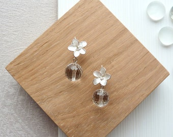 Earrings silver brass, resin flower and faceted rock crystal beads