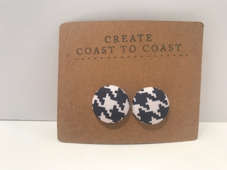 White /& Navy Houndstooth Covered Button Earring Pair Style 36