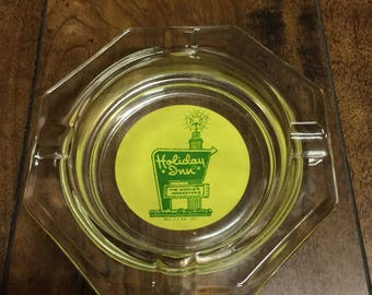 """Vintage Original 1960's """" Holiday Inn """" Glass Collectable Ashtray in Mint Condition."""