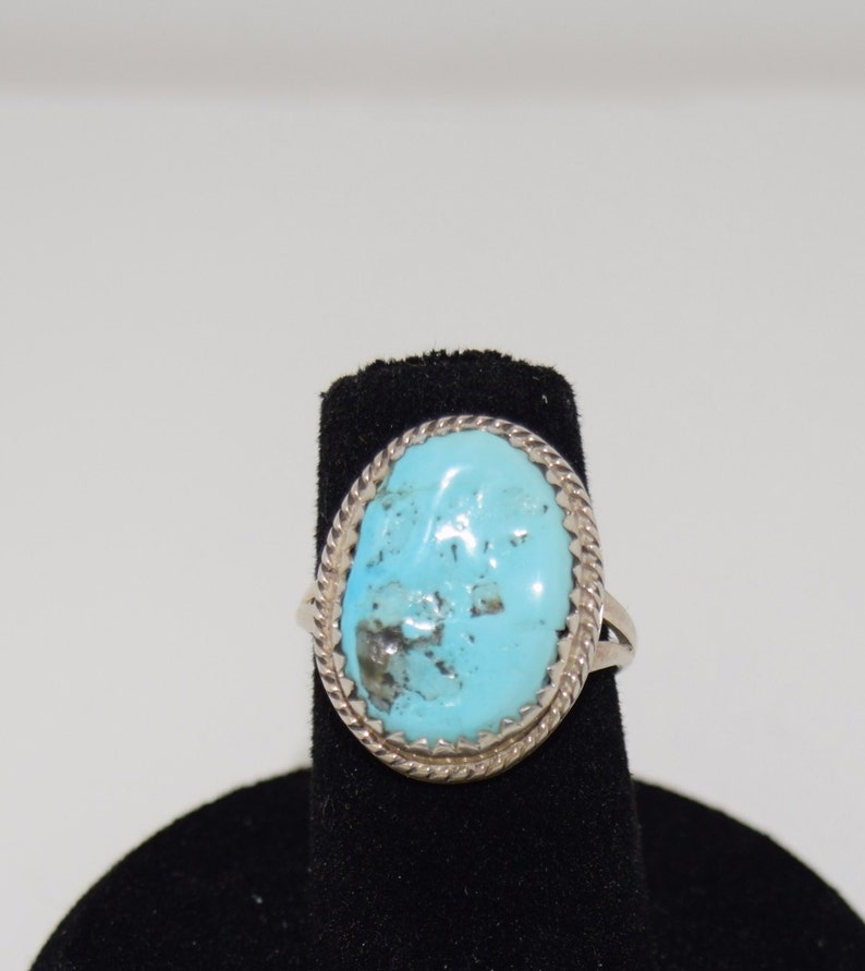 Sky Blue Turquoise and Sterling Silver Beautiful Vintage Old Pawn  Turquoise Ring