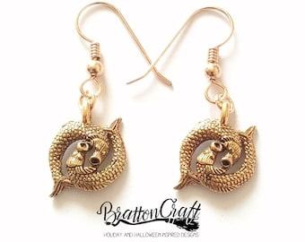 Gold Pisces Earrings - Pisces Earrings - Two Fish Earrings - Zodiac Earrings - Astrology Earrings - Pisces Jewelry - Zodiac Jewelry