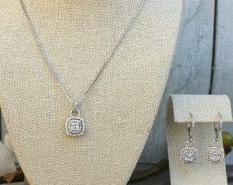 FAST SHIPPING!! Beautiful Silver Zirconia Jewelry Set, Bridal Zirconia Set, Bridal Jewelry Set, Sweet 16 Jewelry Set, Bridesmaid Jewelry Set