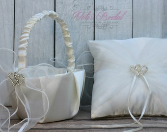 1d0e7c324 Basket and Ring Pillow Set, Set includes Ring Bearer Pillow and Flower Girl  Basket, Ivory Lace Ring Pillow, Off-White Basket