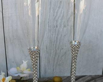 FAST SHIPPING!! Silver Swarovski Crystal Wedding toast Set, Champagne Glasses, Weeding Toasting flutes