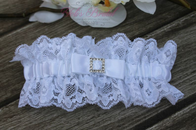 FAST Shipping  Beautiful White Wedding Garter Bridal image 0