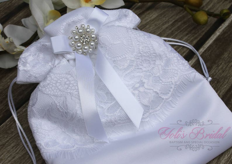 FAST SHIPPING Beautiful and Romantic Cosmetic Bag Lace image 0