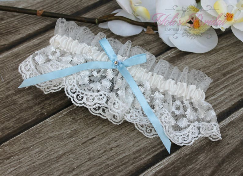 FAST Shipping  Beautiful Lace Wedding Garter Bridal image 0