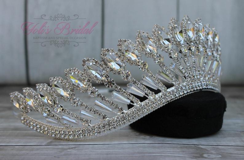 Wedding Tiara Bridal Tiara Crystal Tiara Silver Sparkling Tiara Quincea\u00f1era Crown FAST SHIPPING Sweet 16 Tiara Princess Tiara