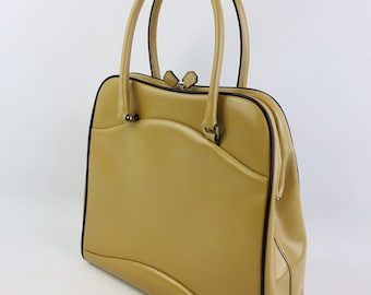 6a2b35b46889 Vintage Authentic Prada Leather Frame Handbag Purse - Beige w  Dark Brown  Piping - Handles on Top and Kiss Closure - Amazing! Made in Italy