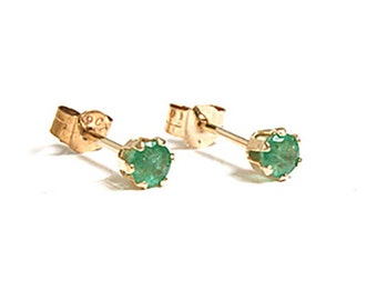 Solid 9ct Gold Small Emerald Stud earrings with FREE Gift Box