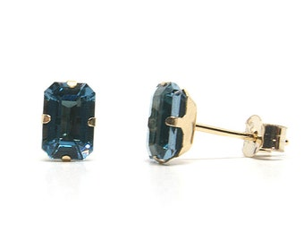 9ct Gold London Blue Topaz studs Earrings Gift Boxed Made in UK