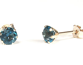Solid 9ct Gold London Blue Topaz 4mm Round Stud earrings with FREE gift box S1055