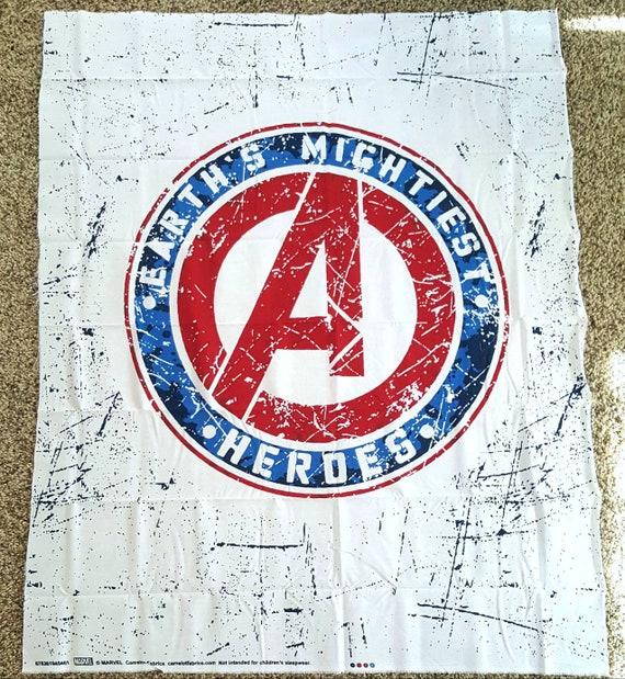 Avengers Panel Fabric - Captain America - Captain Marvel - Thor - The Hulk - Black Widow - Spider-man