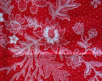 Java Batik fabric - 210x110cm-floral white on red background