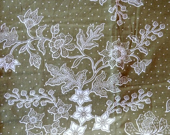 Java Batik fabric - 210x110cm-floral white on khaki background