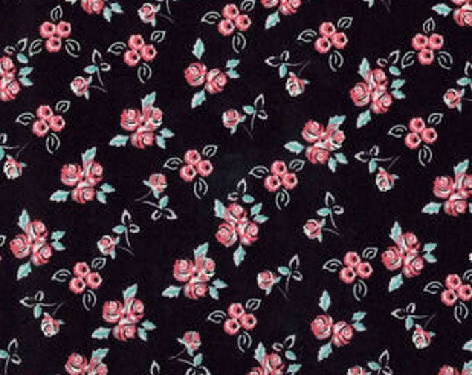 XXS-XXL Ditsy Floral on Black Bandana