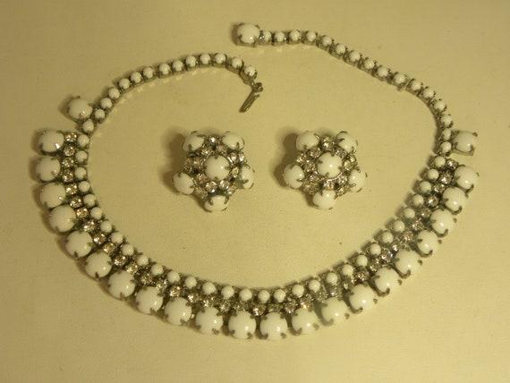 Vintage White Milkglass & Rhinestone Necklace Earr