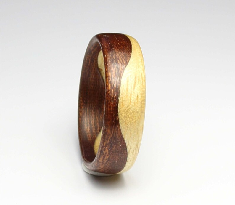 Wooden Ring Handcrafted In two kind of  Wood Indian Rosewood /& Maple wood