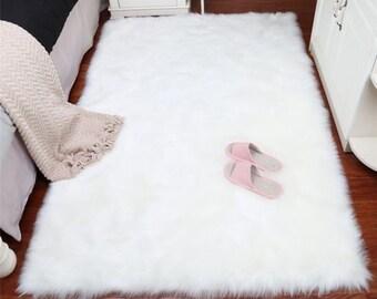 035384bc2 Grey rug