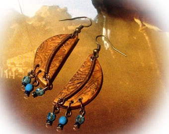 Earrings, copper, blue, half moon.