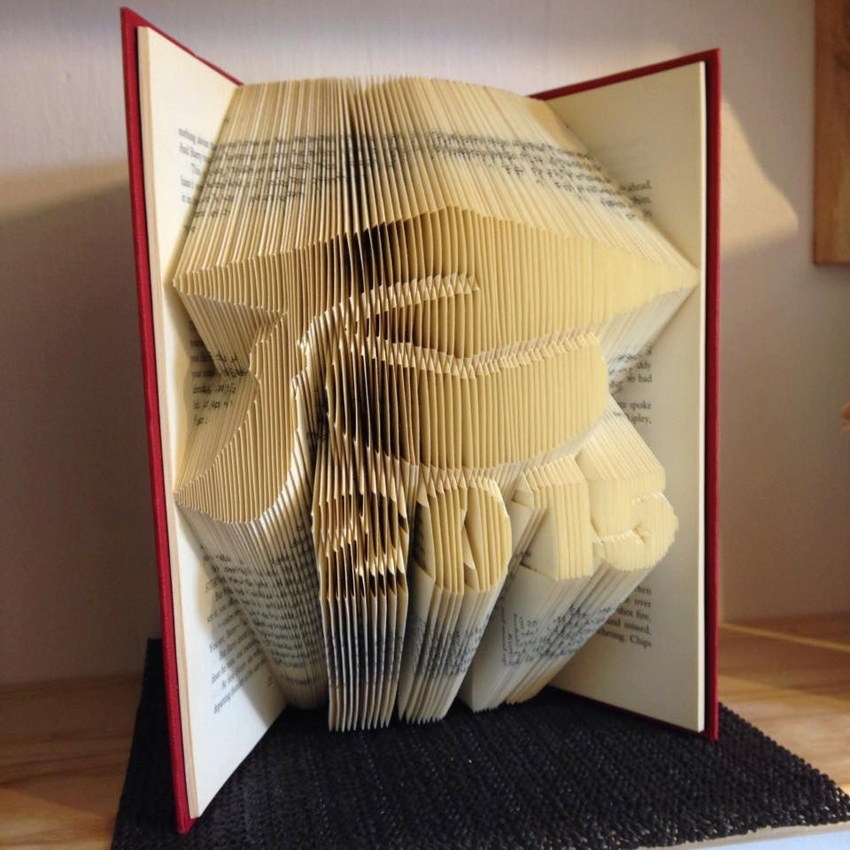 Book +free folding pattern for 2018 Graduate cap and tassel +free Book tutorial ~ graduation 60dbd9