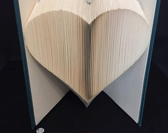 Book folding pattern for a large heart +free tutorial
