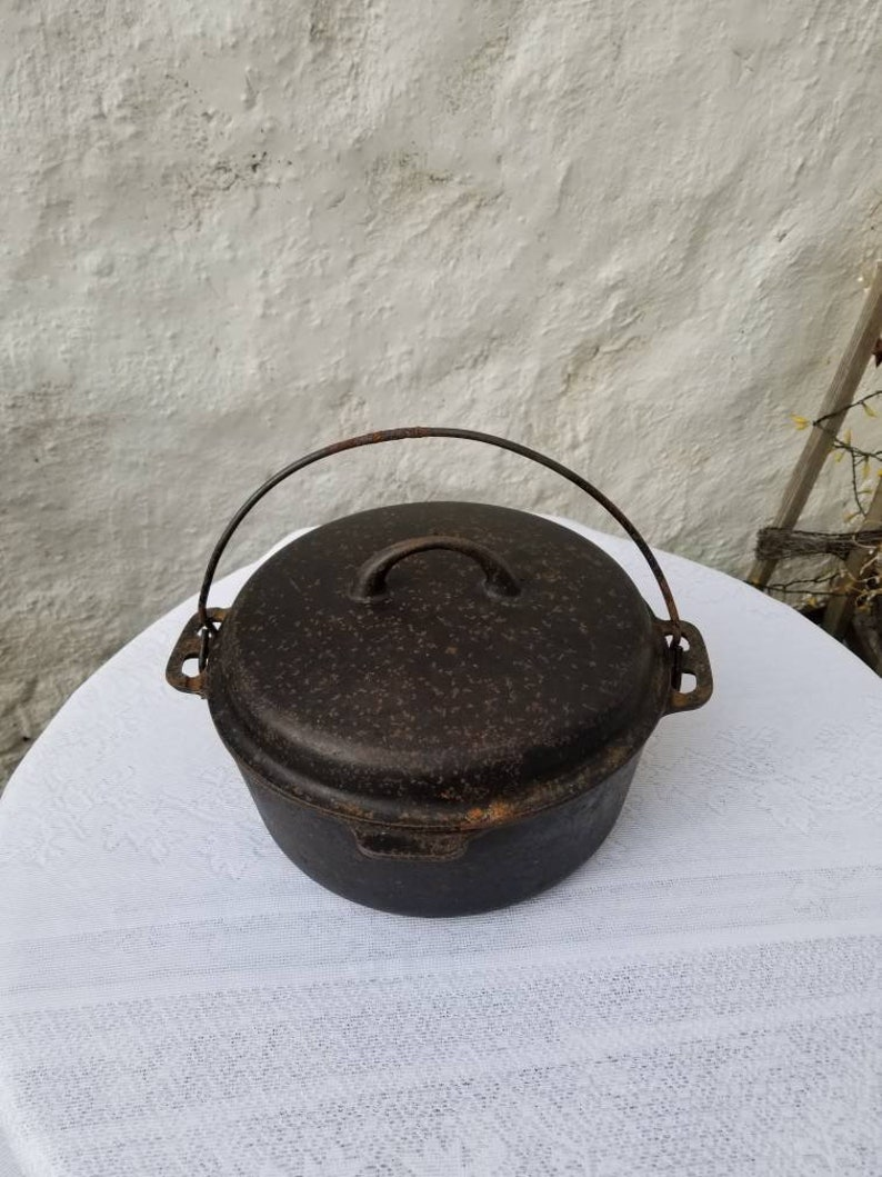 Griswold Iron Mountain Cast Iron Dutch Oven With Lid 8 1036 Etsy