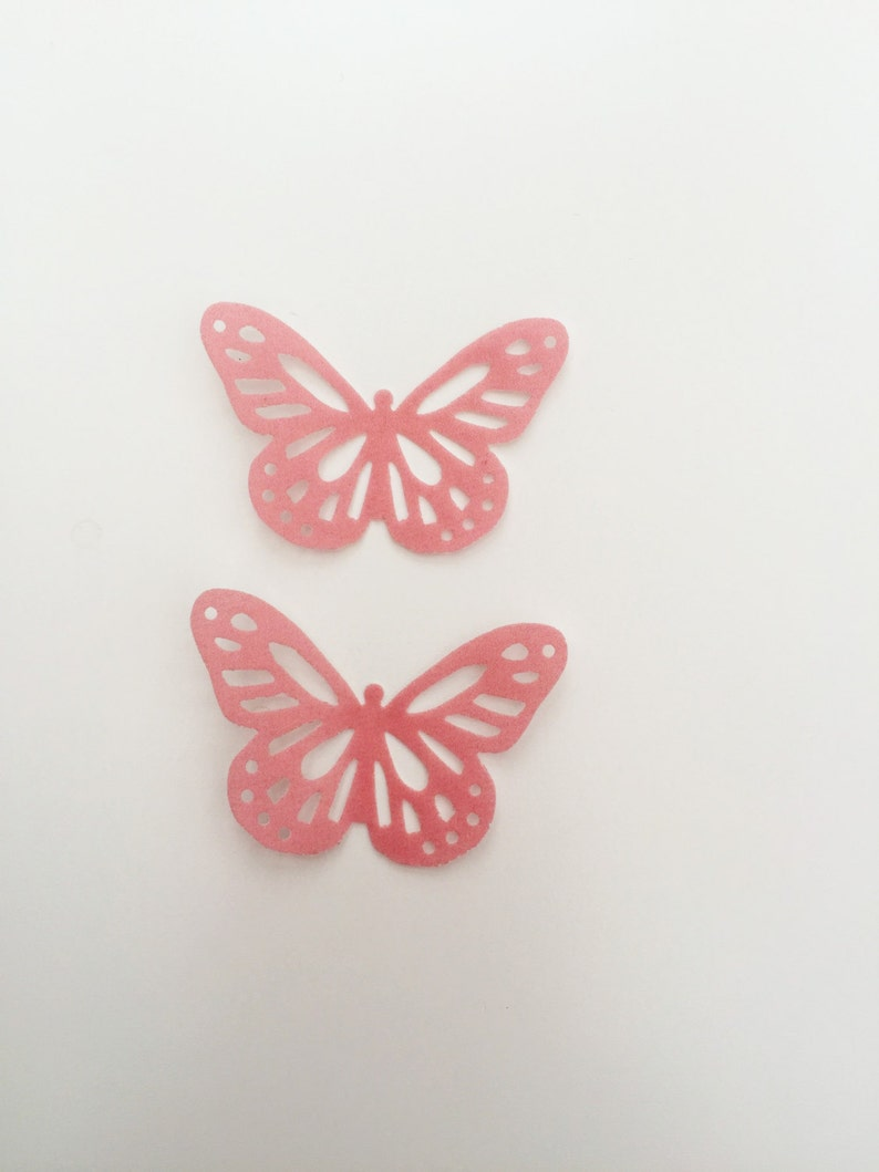 32 Edible Dusky Vintage Pink Butterfly Wafer Cupcake Toppers Precut