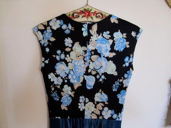 1980s Jumpsuit Black Floral Top Blue Velvet Pants Sleeveless V-Neck size Medium bust 39 waist 28