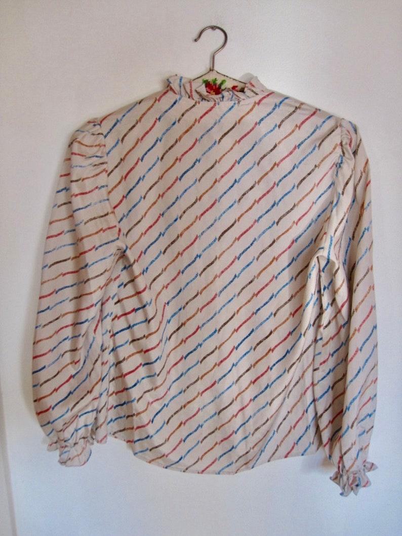 1980s Ruffle Blouse Button Down Front Silver Grey Fuchsia Blue Abstract Diagonal Stripe Bracelet Sleeve Top Shirt size Medium bust 38