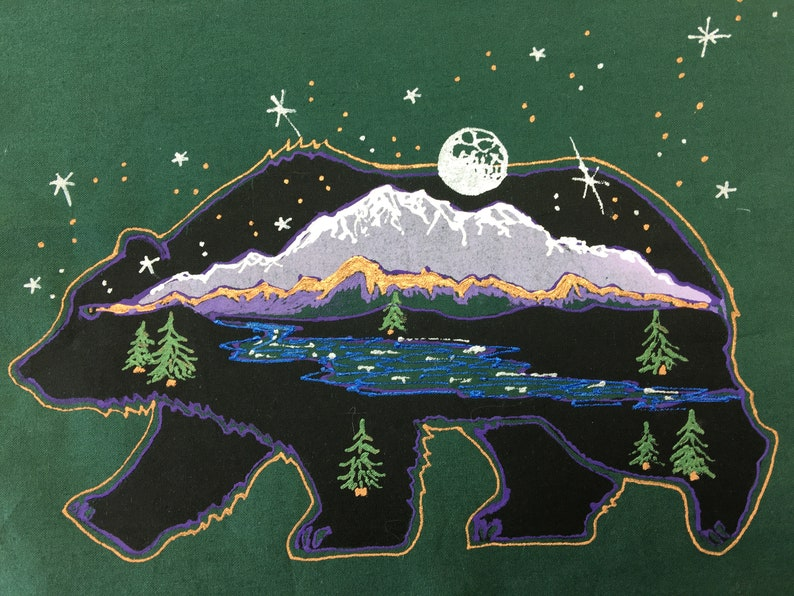 Handpaintd Scenic Bear Quilt Block image 0