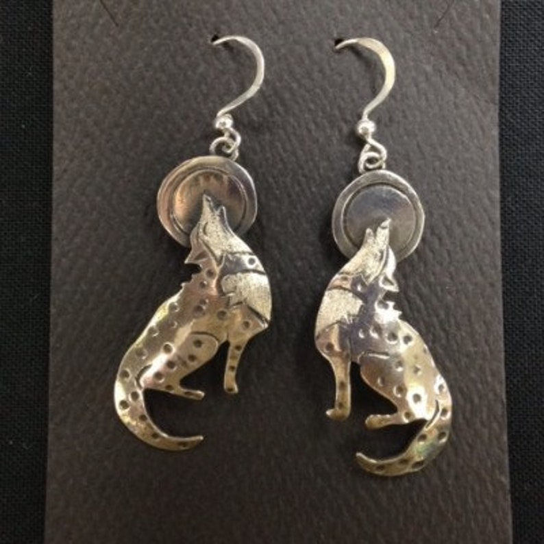 Howling Wolves earrings image 0