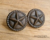 SET OF 2 - Large Cast Iron Star Knobs with Rope Border - Texas Star Western Drawer Pull - Lasso Cowboy Theme - Country Rustic Cabinet Decor