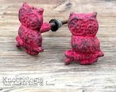 SET OF 2 Owl Knobs Distressed Red Owl Drawer Pull - Cabinet Knob - Furniture Hardware Drawer Pull - Decorative Knob - Bird Owl Nursery Decor