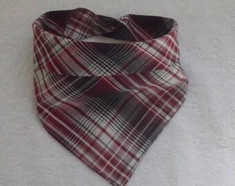 c37e0835412 bandana bavoir écharpe   anti bavouille dentition   fait main   style  country   fini la tenue de bébé d un plus grand