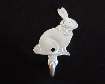 Vintage 1987 Solid Pewter Cute Bunny Rabbit Wall Hook from Seagull Canada **FREE Shipping**