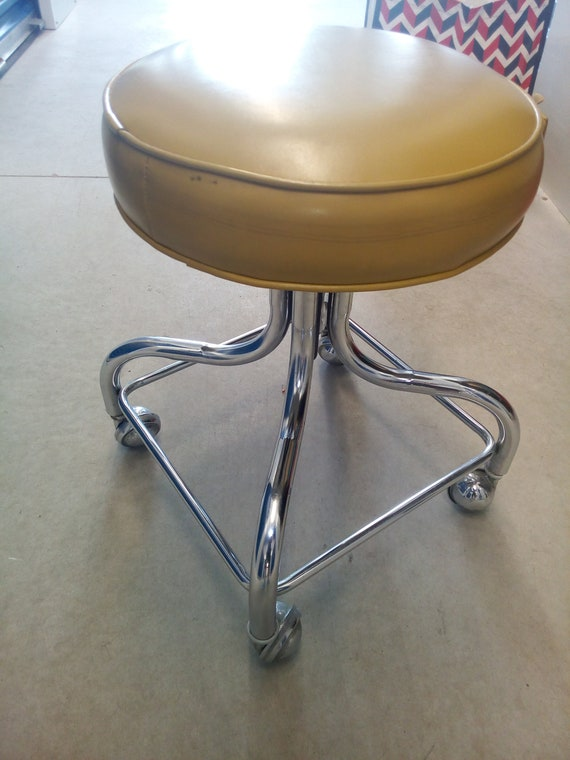 Amazing Vintage 1970S Pedigo Medical Examination Adjustable Stool By Coronet For Abco Gamerscity Chair Design For Home Gamerscityorg