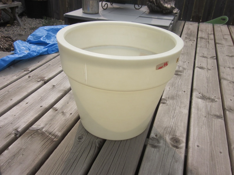 Large Rare Vintage 1970/'s Plastic Planter by Preston Mfg of Canada Originally Sold Through Woolco with Original Stickers **FREE Shipping**