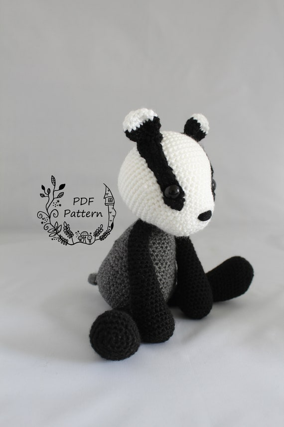 Amigurumi Pattern Crochet - Bono, the Badger - | 855x570