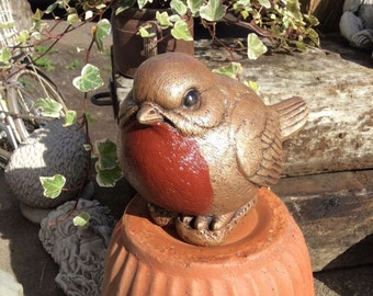Large stone garden bird robin red breast garden ornament