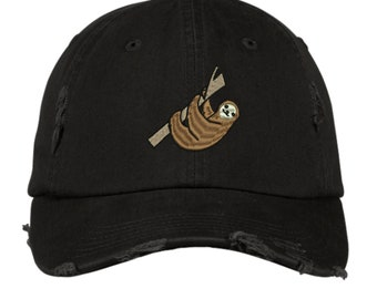 Ball Cap /& Pocket Tee Sloth Lovers Gift Set
