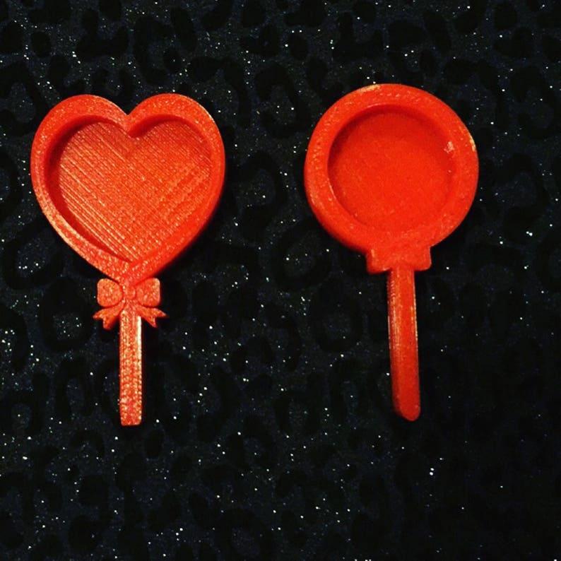 Shaker lollipop molds