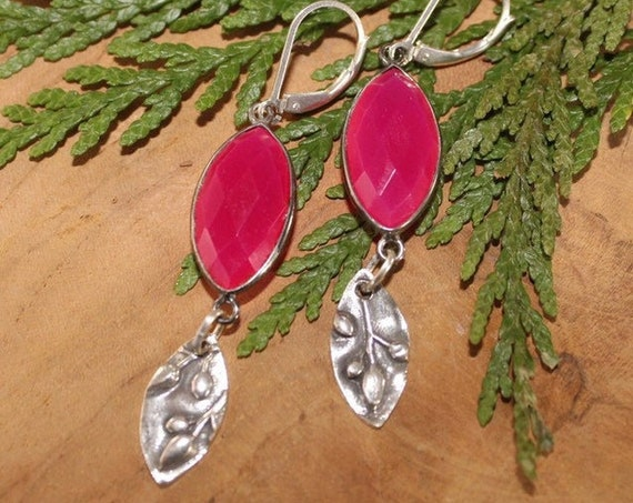 Berry Chalcedony Earrings, Red Earrings, Berry Earrings, Artisan Earrings, Dangle Earrings