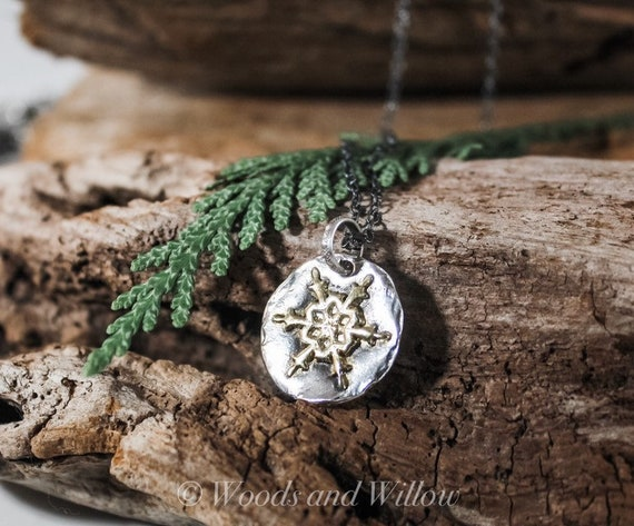 Sterling Silver Snowflake Necklace, Gold Snowflake Necklace, Snowflake Necklace, Snow Necklace, Winter Necklace