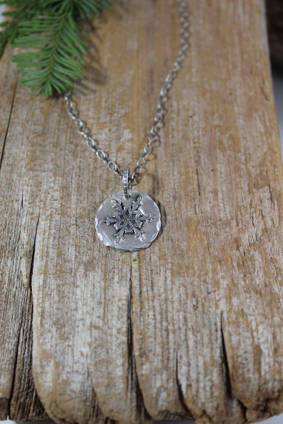 Sterling Silver Snowflake Necklace, Snowflake Necklace, Snow Necklace, Winter Necklace